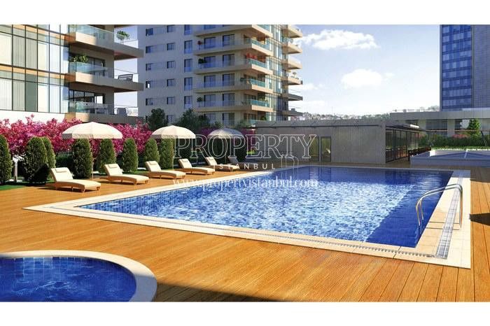 Outdoor swimming pool in Pruva 34 compound