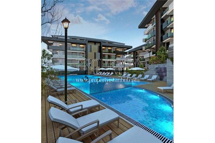 Outdoor swimming pool in Tarabya Life