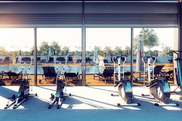 Gym next to teh swimming pool in Therra Park Tarabya
