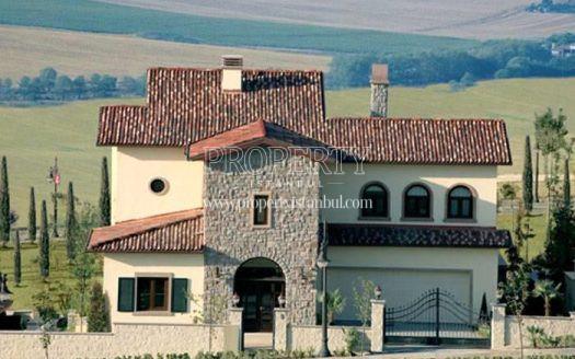 One of the villas in Toskana Vadisi