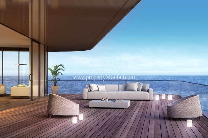 Rather wide balcony in Yedi Mavi