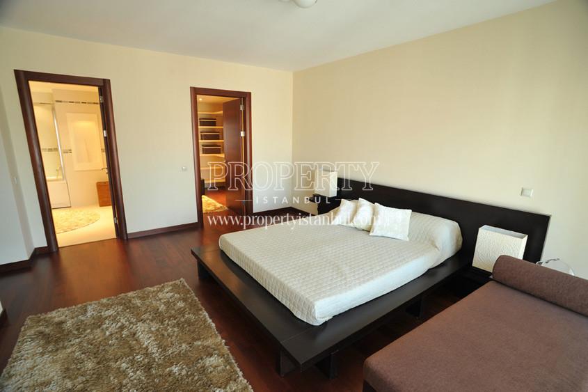 Almondhill bedroom