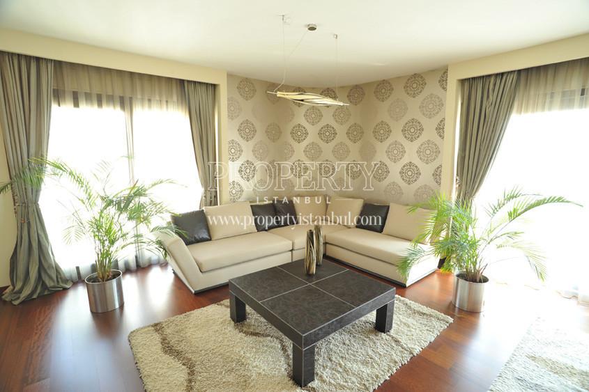 Almondhill livingroom