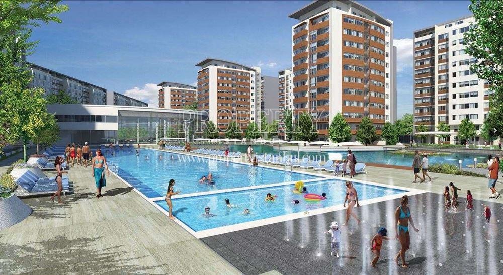 Outdoor swimming pool in Aqua City 2010