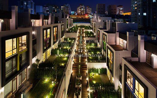 Arterium Villas at night