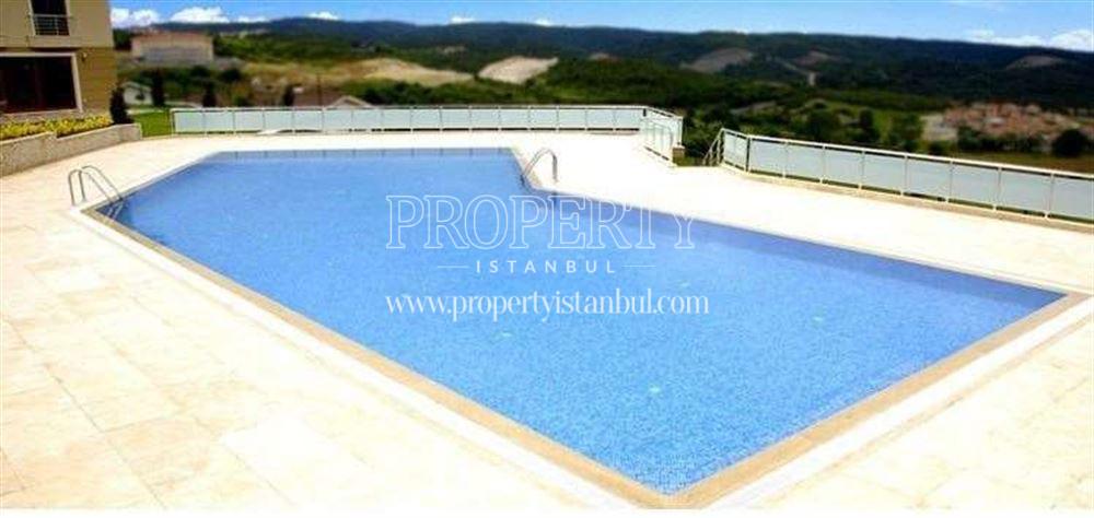 Atespare Villalari swimming pool