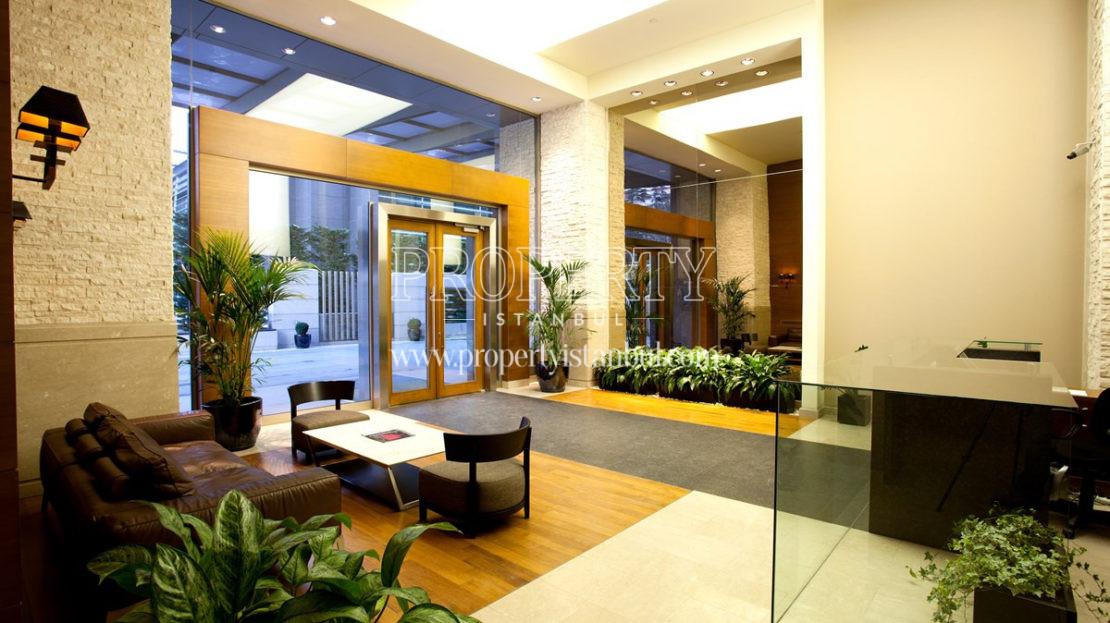 Bellevue Residence lobby