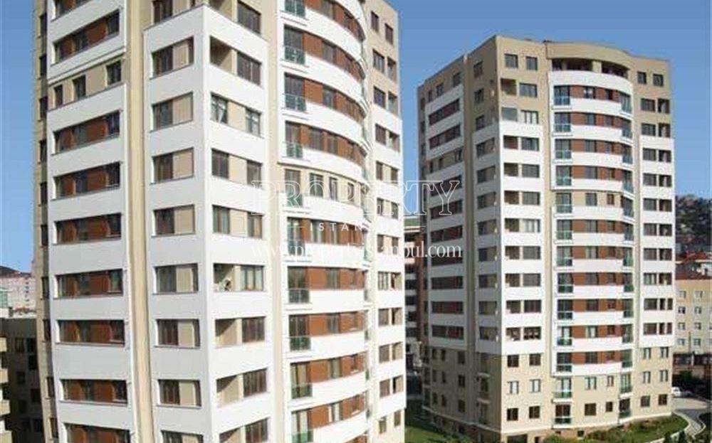 Danis Park blocks with the swimming pool
