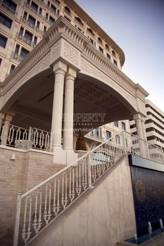 Elit Perla Palas building entrance