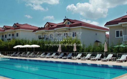 Elysium Garden Alemdag swimming pool