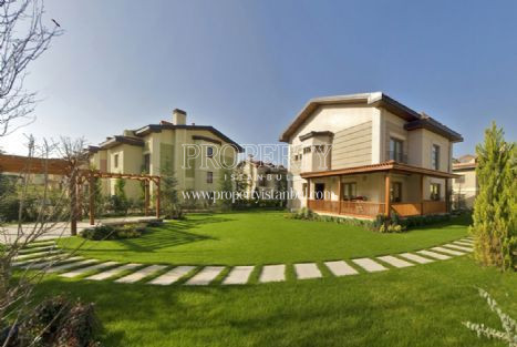 Idealist Kent villas
