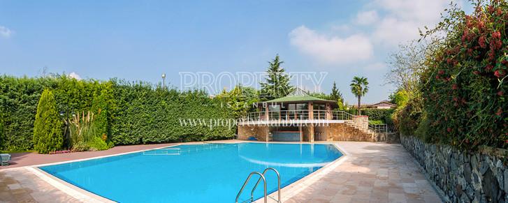 Large swimming pool in Kuzey Konaklari compound