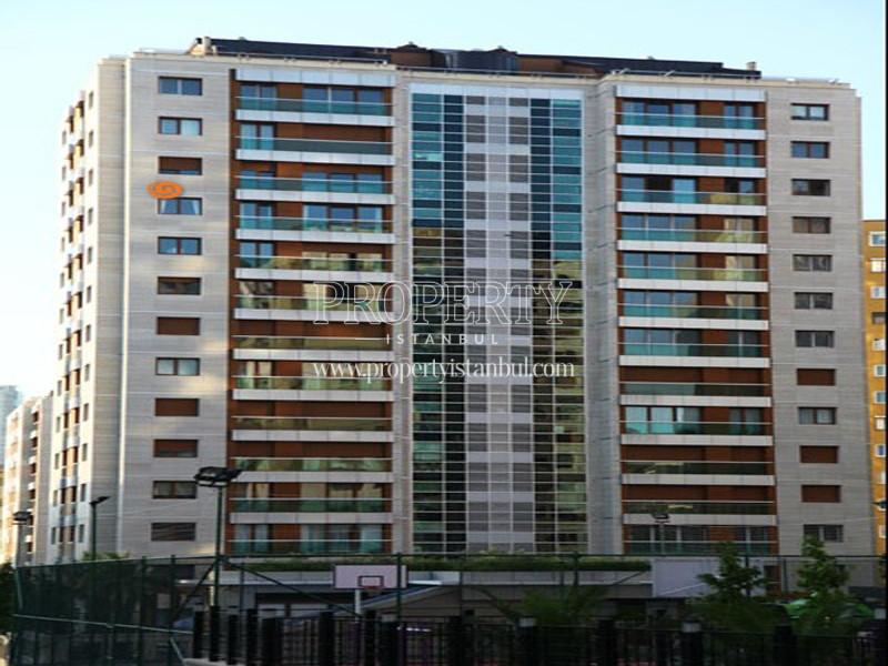 Middleist Building