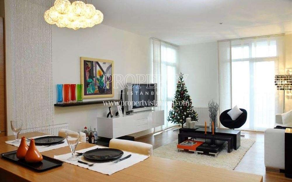 Nar City unit living room