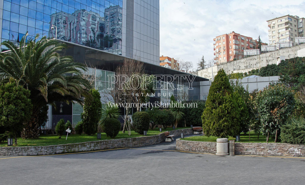 Polat Tower Residence garden